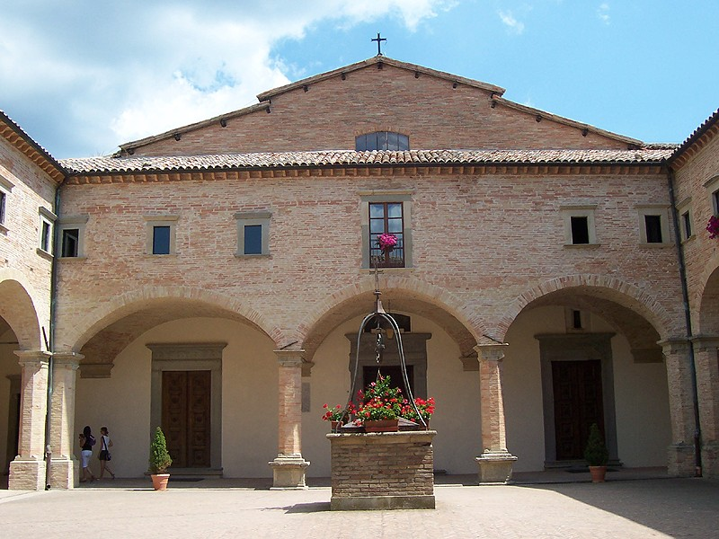 Friedliches Sant'Umbaldo Quelle: Di Geobia - Opera propria, CC BY-SA 3.0, https://commons.wikimedia.org/w/index.php?curid=16737157