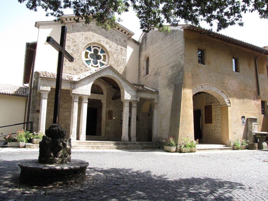 Das Kloster Fonte Colombo Quelle: https://it.wikipedia.org/wiki/Santuario_di_Fonte_Colombo