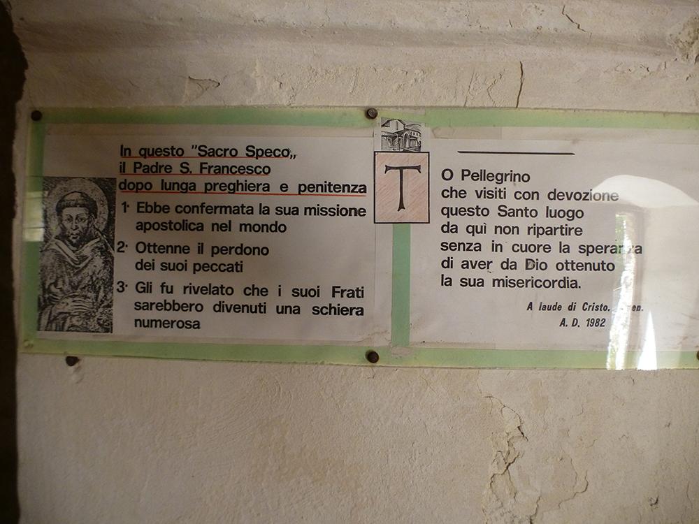 Erklärung in der Höhle der Offenbarungen.
