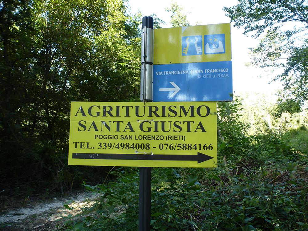 Als ich mir schon nicht mehr sicher war...Poggio San Lorenzo und das Schild meiner Herberge.